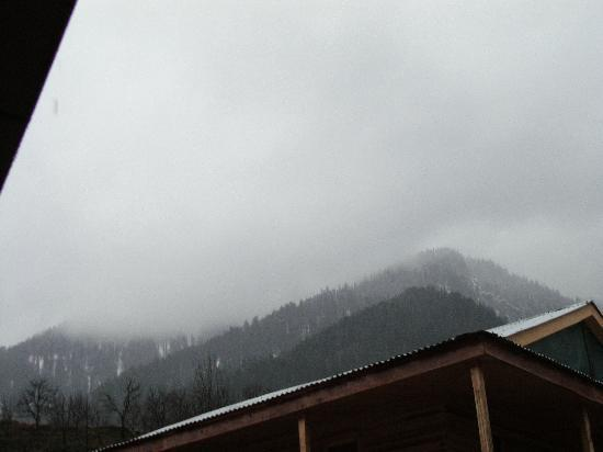 Hotel Sandhya Manali: view from my room