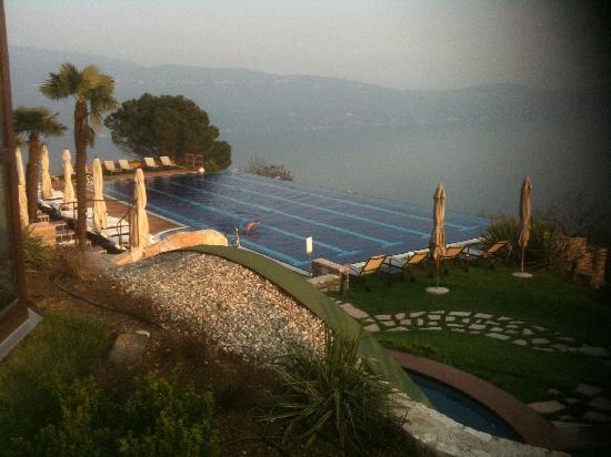 Lefay Resort & Spa Lago di Garda: piscina e lago