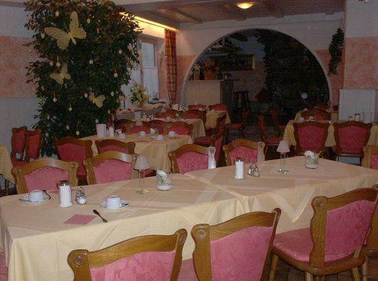 Hotel Alpenhof: breakfast- diner room