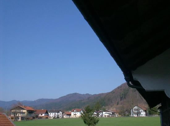 Mayrhof: view towards the mountains