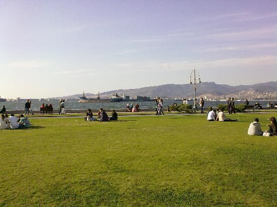 Izmir Province, Turkey: Beautiful park along the sea