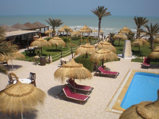 Playa Sidi Mehrez, Túnez: Jardin et piscine