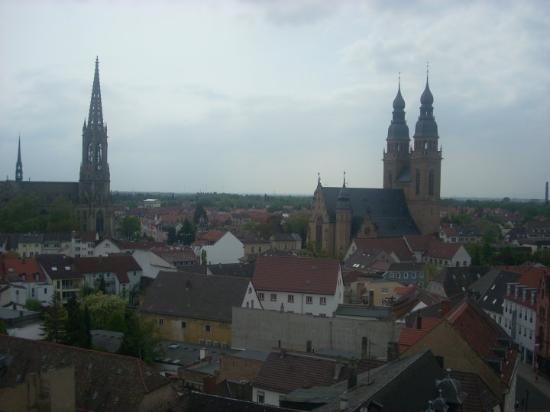 Speyer, Deutschland: Възпоменателната църква и Св. Троица