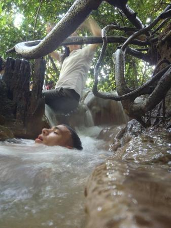 Namtok Ron (Hot Spring Waterfall ) - Khlong Thom-bild