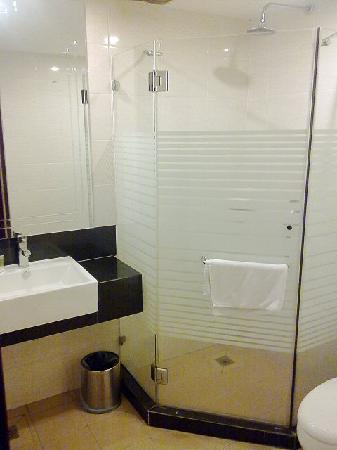 Tawau, Malasia: Walk-in shower