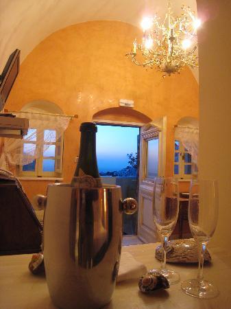 Art Maisons Luxury Santorini Hotels Aspaki Oia Castle Inside Honeymoon Suite