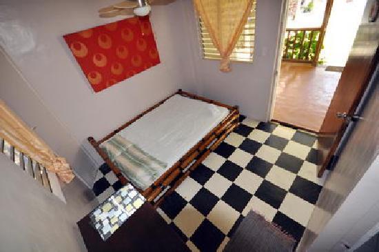 Boracay Kiteresort: double fan room