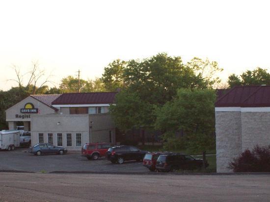 Days Inn Sharonville: front
