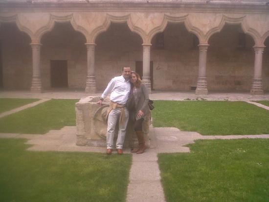 Salamanca, Hiszpania: En el patio de la Universidad