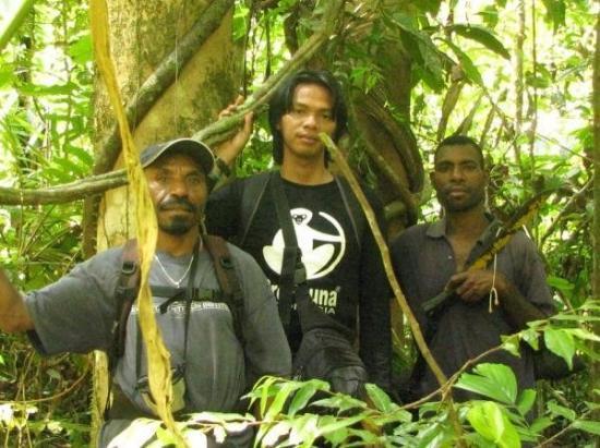 Manokwari, Indonesia: DALAM HUTAN PAPUA
