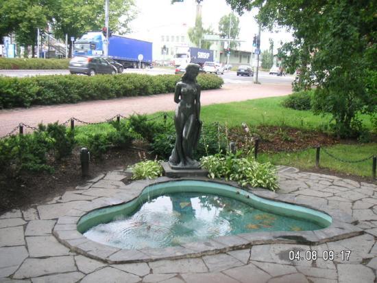 Aino staty Turku