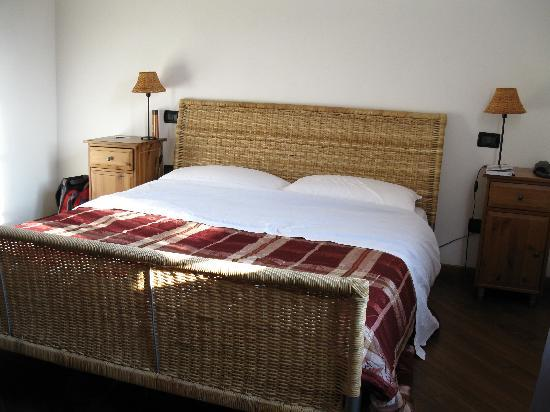 Arco Antico B&B: Clean, airy, nicely decorated rooms