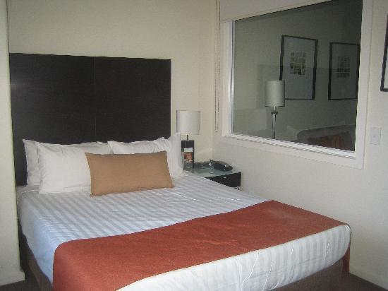Somerset on Elizabeth, Melbourne: The bedroom, overlooking Elizabeth St