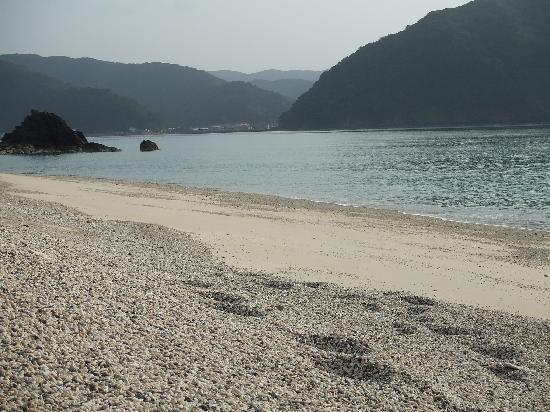 Sango Beach: 徒歩5秒のビーチ