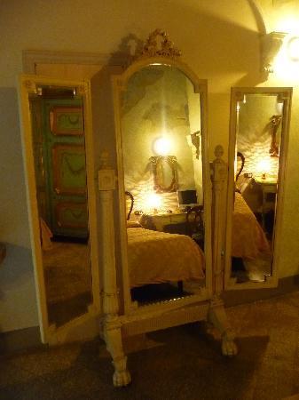 Relais Grand Tour : les miroirs