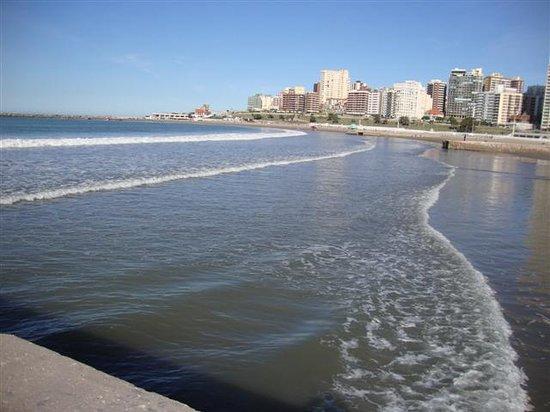 مار ديل بلاتا, الأرجنتين: playa Bristol