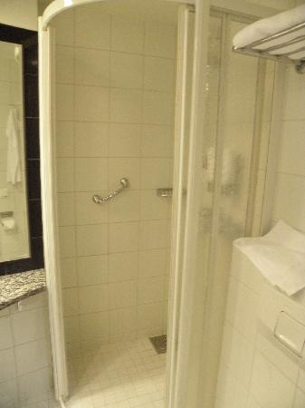 Cumulus Turku Hotel : Bathroom