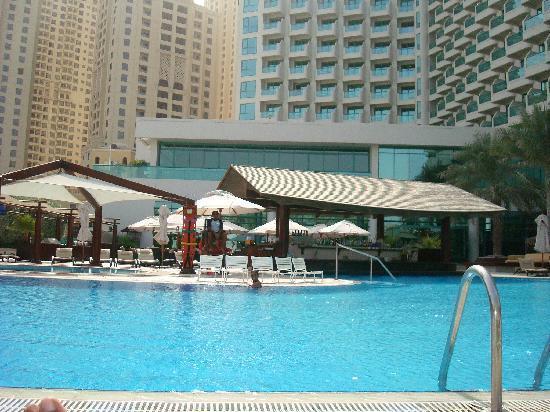 Swimming pool picture of hilton dubai jumeirah dubai - Jumeirah beach hotel swimming pool ...