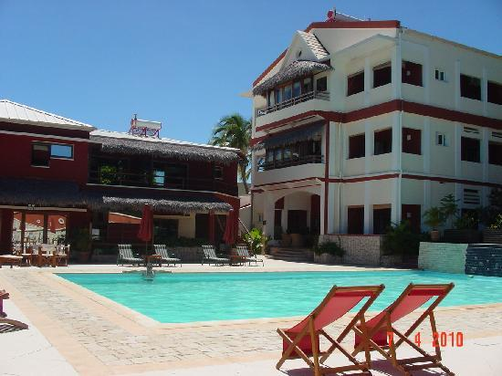 Les Roches Rouges : Pool Area