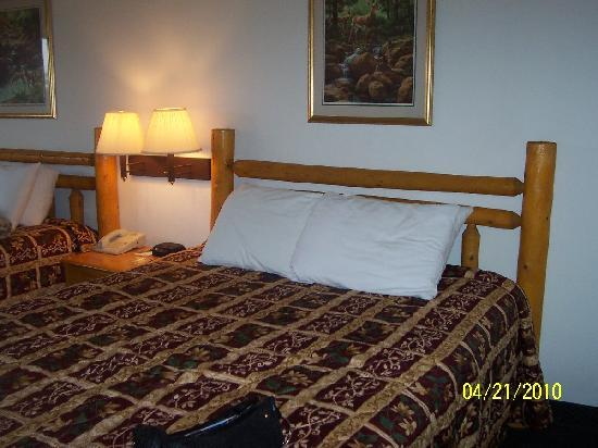 Days Inn by Wyndham New Florence: Beds