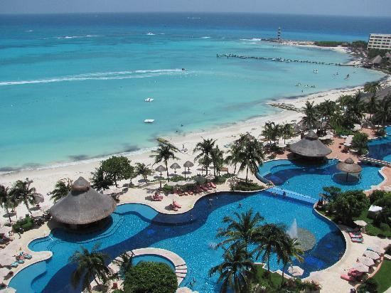 Grand Fiesta Americana Coral Beach Cancun: VIEW FROM ROOM 1116...HEAVEN.