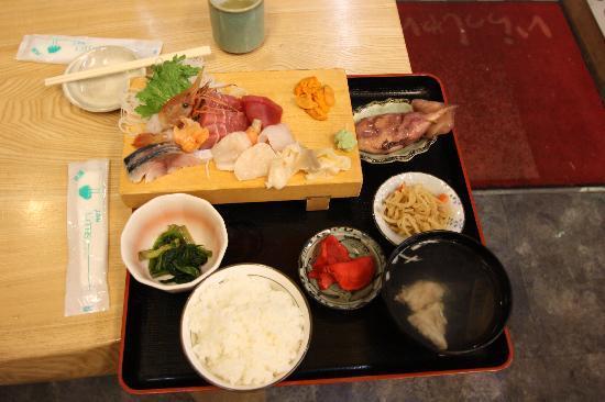 Sushi Dokoro Mikuni : 刺身定食