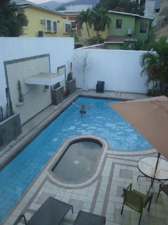 Isabella Boutique Hotel : pool