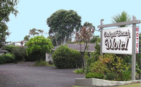 Oakura Beach Motel