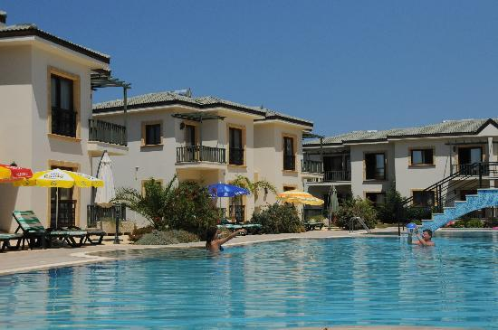 Alsancak - Karavas, Chipre: nice pool view