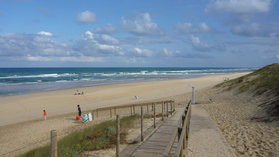 Apartamentos Pierre & Vacances Le Domaine du Golf de Pinsolle: La spiaggia
