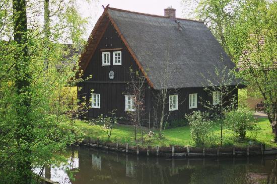 Luebbenau, Germany: Das Spreewaldhaus in Lehde