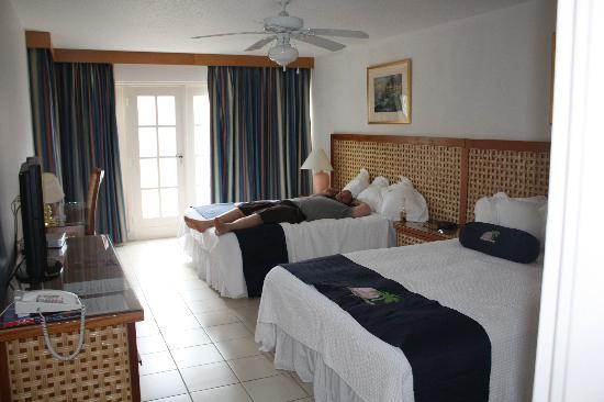 Caribbean Palm Village Resort: Second Suite