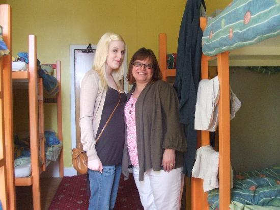 Royal Mile Backpackers: Me and my mum in the room