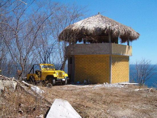 Bahia Estacahuite: el Nido del Agula  en lo mas Alto