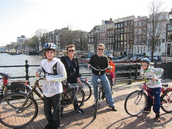 Happily Touring with Amsterbike