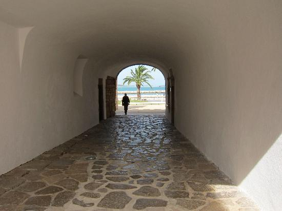 Casa Paula: to the beach