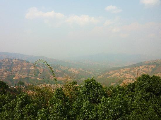 Dhulikhel Lodge Resort : vue depuis la chambre