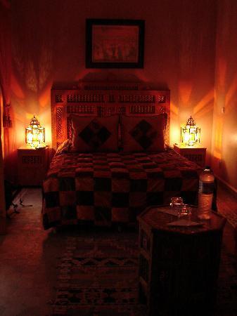 Dar Tasnime : Our Room