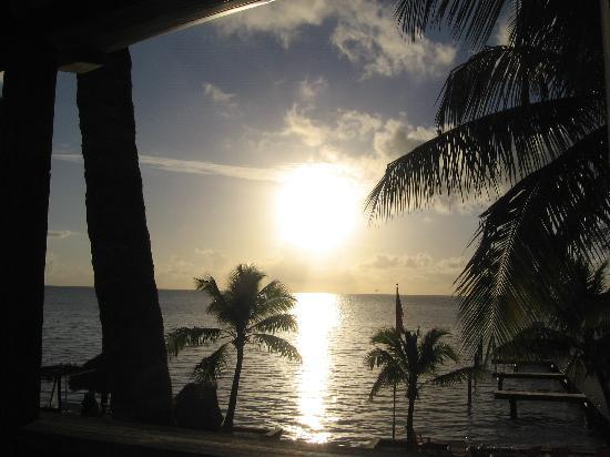 Sands of Islamorada Hotel: sunrise is beautiful at Sands of Islamorada