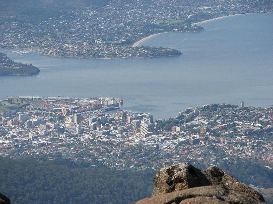 Mount Wellington: View down to Constitution Dock and City