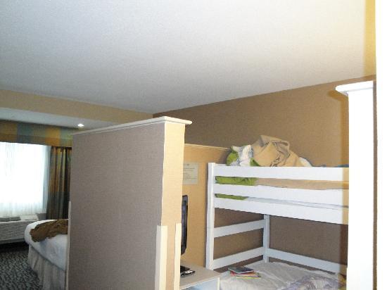 Holiday Inn Express - Jacksonville Beach : Kid Suite
