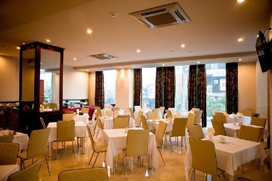 Hue Smile Hotel: Restaurant