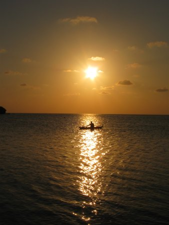 Long Caye Resort: Gone fishing