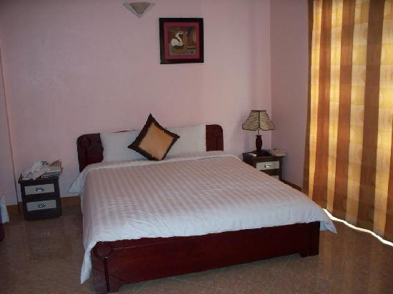Royal Holiday Hanoi Hotel: Room 401