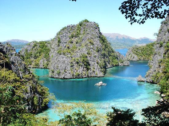 Majika's Island Resort: Kayangan Lake