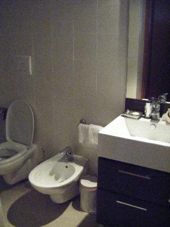 Residence Ca' Foscolo: Second shot of the bathroom
