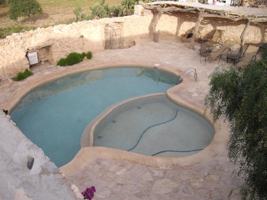 Tigmi Al Yom : La piscine (tot au matin)