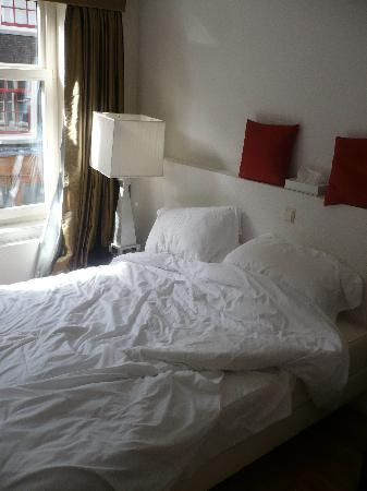 Maes B & B: Bedroom of apartment