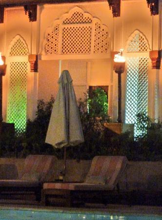 Taj Mahal Hotel: piscine