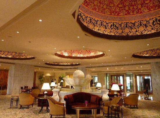 Taj Mahal Hotel: lobby